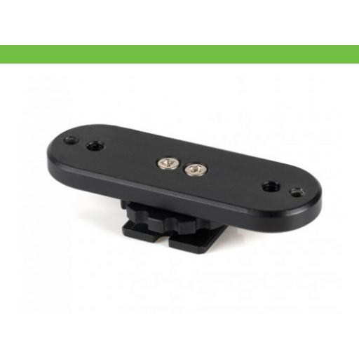 Mounting adapter for Compendium/iPhone Holder on a hotshoe