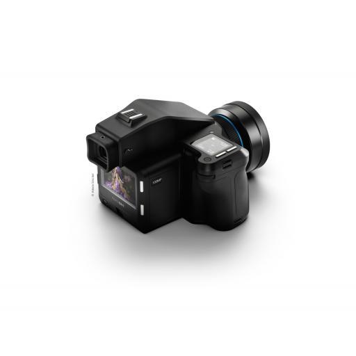 XF-100MP-camera-system-45-degree-screen-web.jpg
