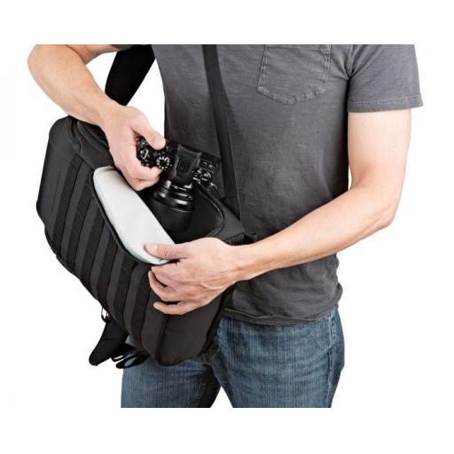 camera-backpack-protactic-bp-350-ii-aw-lp37176-side-access-rgb.jpg