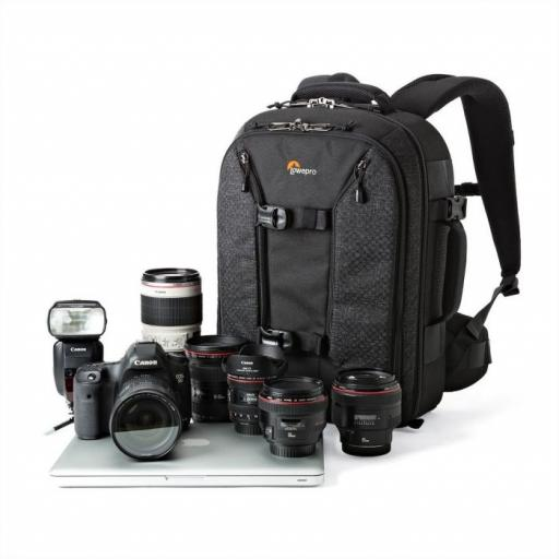 camera-backpacks-prorunnerbp-350awii-left-equip-lp36874-pww.jpg