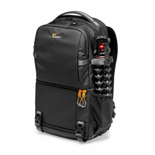 camera-backpack-lowepro-fastpack-bp-250-aw-iii-lp37333-pww-gorillapod-rgb.jpg