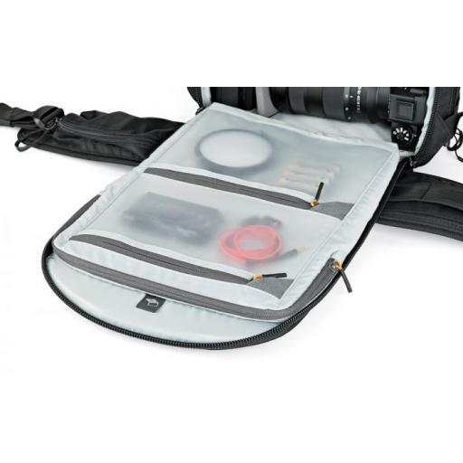 camera-backpack-protactic-bp-350-ii-aw-lp37176-innerpockets-rgb.jpg