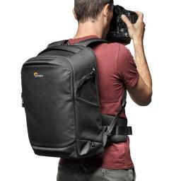 camera-backpack-lowepro--flipside-iii-lp37352-pww-use.jpg