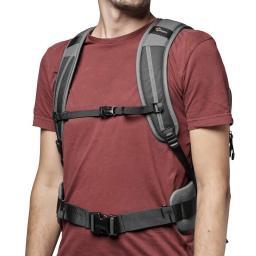 camera-backpack-lowepro--flipside-iii-lp37353-pww-cheststrap.jpg