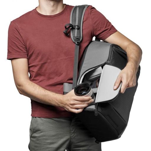 camera-backpack-lowepro--flipside-iii-lp37353-pww-side2.jpg
